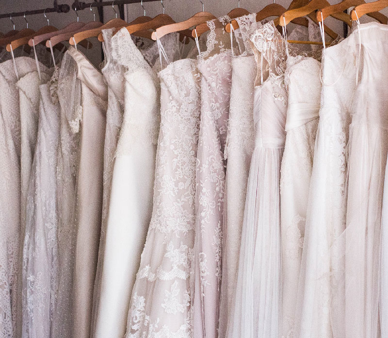 選べるドレスで本格的なウェディングをイメージ